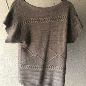 Short Sleeve, Grey/Tan Cable Sweater